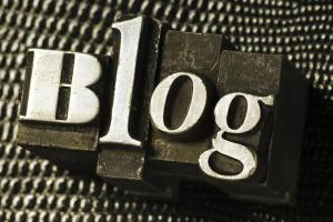 Blogs - Competing with Newspapers for Global Readership